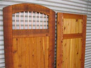 Set of two wooden gates